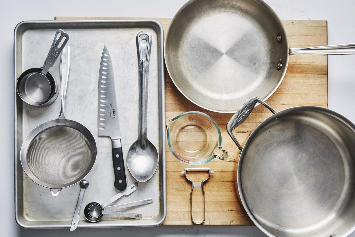 Peralatan Kitchen Utensil dan Klasifikasinya